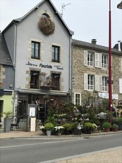 Photo of the May 5, 2017 1:20 PM, Anne Fréret, 39 Place Charles de Gaulle, 50380 Saint-Pair-sur-Mer, Francia