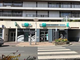 Foto del 2 de mayo de 2017 14:43, BNP Paribas - Granville, 101 Rue Couraye, 50400 Granville, France