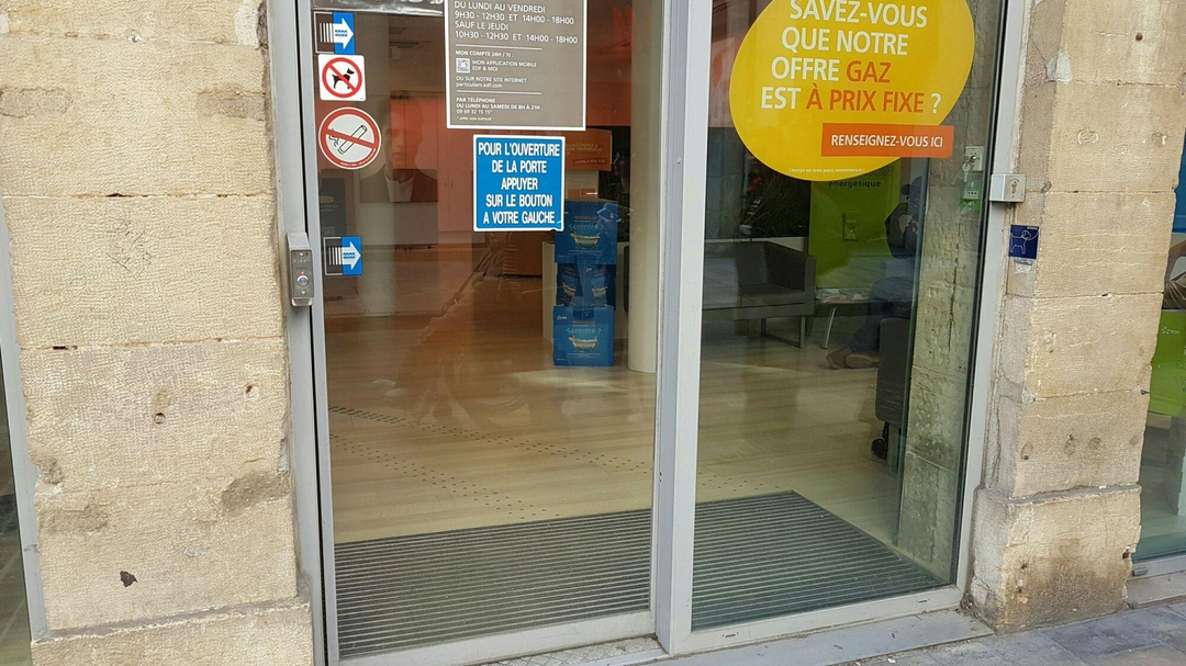Photo du 4 avril 2017 09:08, Boutique EDF Dijon, 63 Rue des Godrans, 21000 Dijon, Frankreich