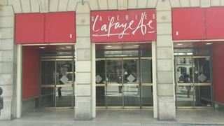 Foto vom 4. April 2017 10:12, Galeries Lafayette Dijon, 41 - 49 Rue de la Liberté, 21000 Dijon, France