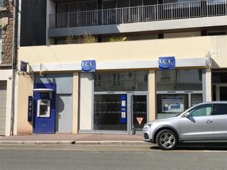 Foto del 2 de mayo de 2017 14:44, LCL Banque et Assurance, 101 Rue Couraye, 50400 Granville, France