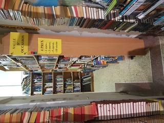 Foto del 8 de abril de 2017 14:44, Autour Du Monde - Librairie De Voyage, 65 Rue Pierre Mauroy, 59800 Lille, France