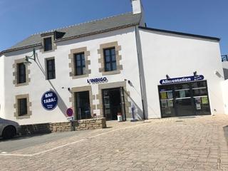 Foto vom 23. April 2017 12:00, L'indigo, 7 Place Joseph Marot, Saint-Allouestre, France