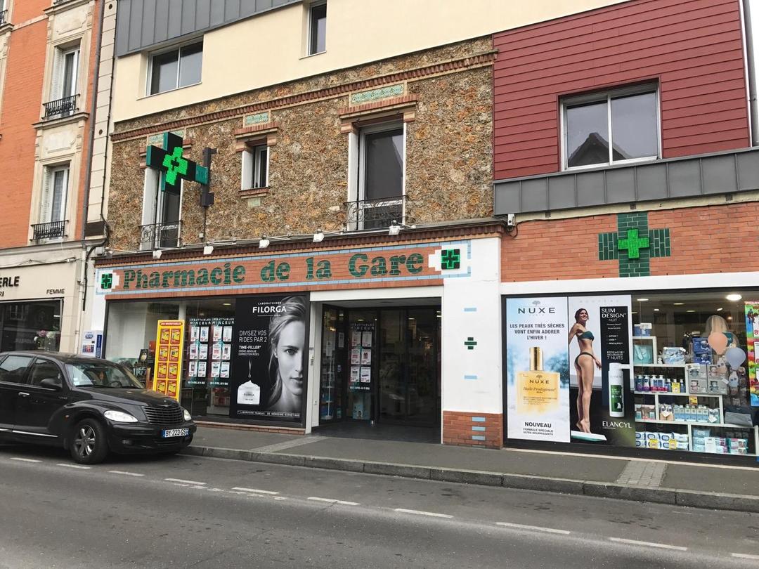 Foto vom 13. April 2017 08:18, Pharmacie de la Gare, 30 Avenue Charles de Gaulle, 78800 Houilles, France