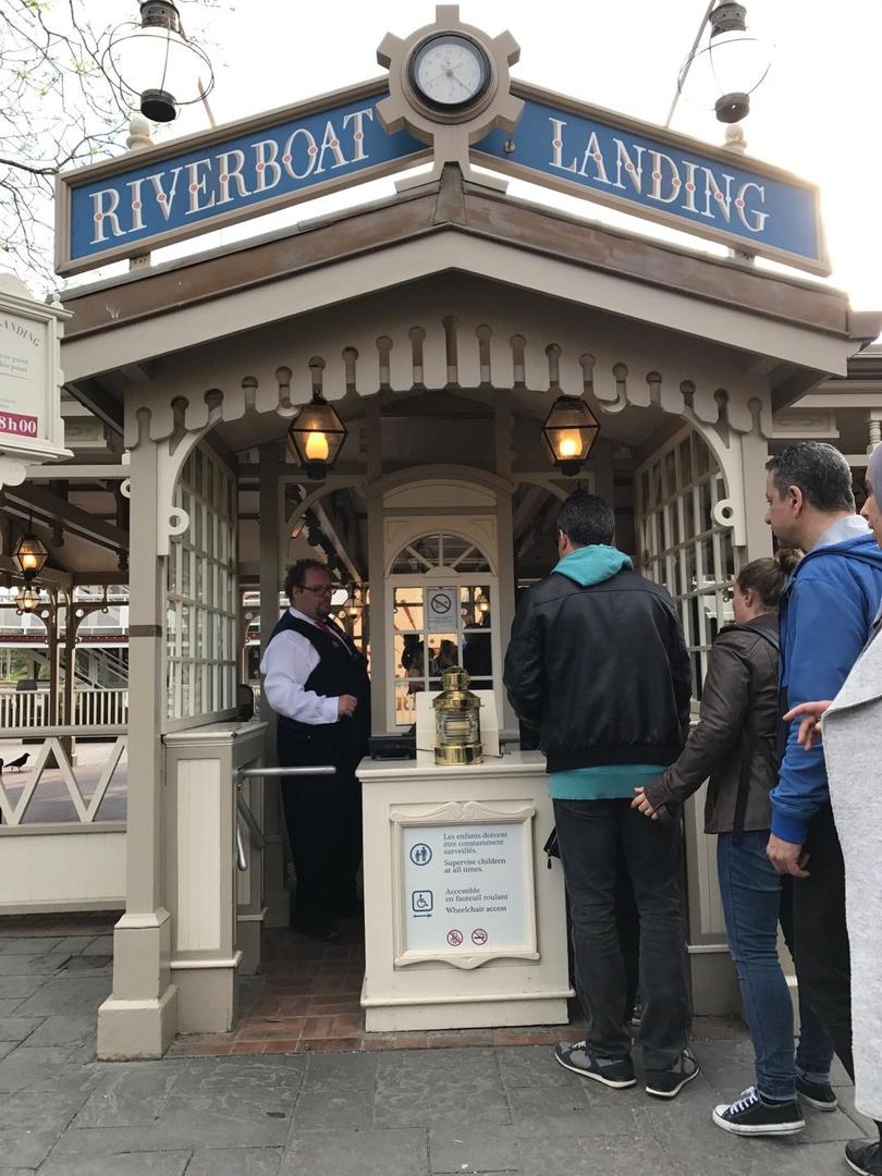 Foto vom 10. April 2017 23:02, Thunder Mesa Riverboat Landing, Disneyland Paris, Boulevard du Parc, 77700 Chessy, Frankreich
